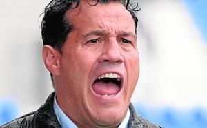 Luis Casas tendrá otra semana para reflotar al UCAM