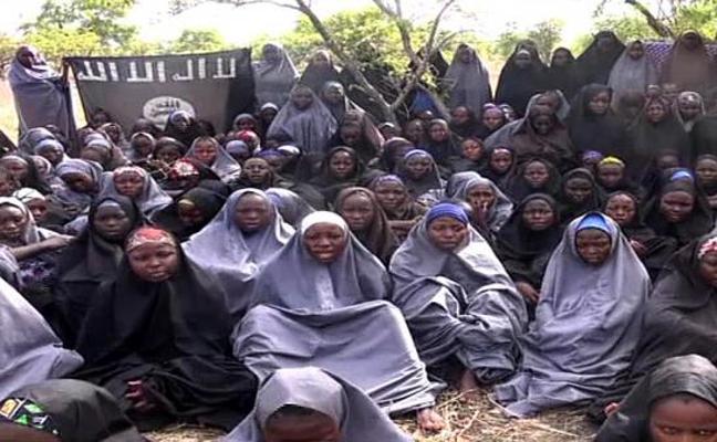 Una de las niñas secuestradas por Boko Haram en una escuela de Chibok logra escapar