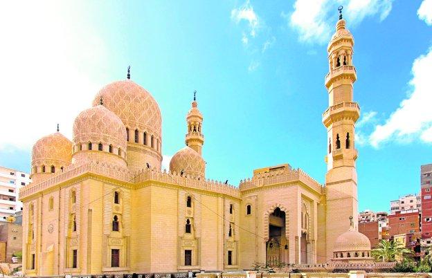 La mezquita más bella de Alejandría, para un murciano