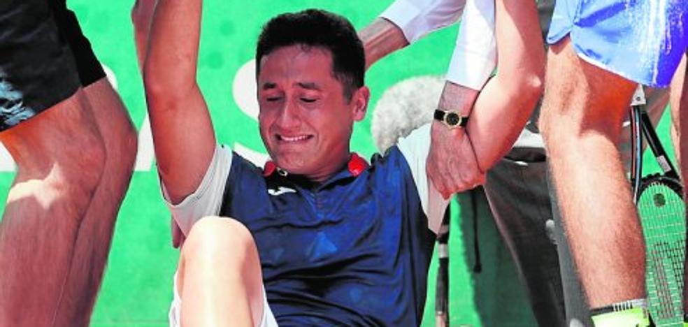 Nicolás Almagro se rompe y se despide llorando de Roland Garros