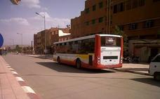 Al menos 12 muertos y 39 heridos al volcar un autobús en el centro de Marruecos
