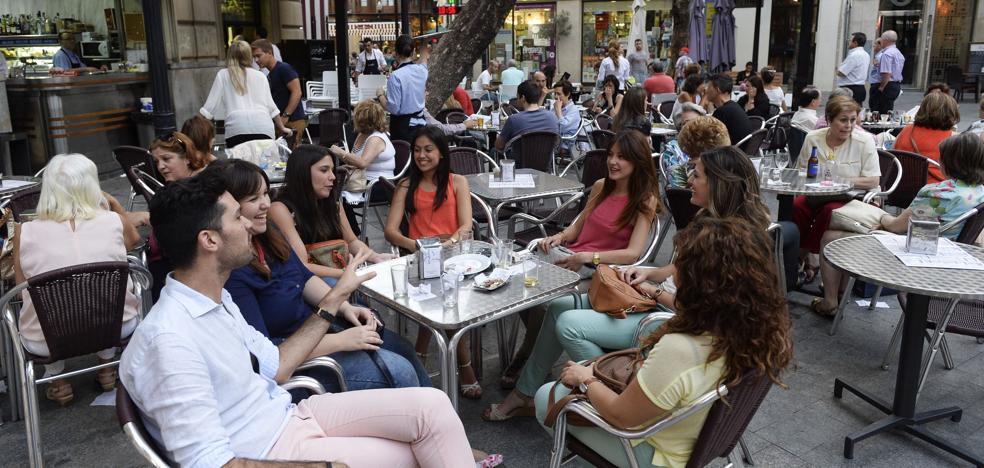 ¿Cuál es el municipio con más bares de la Región?
