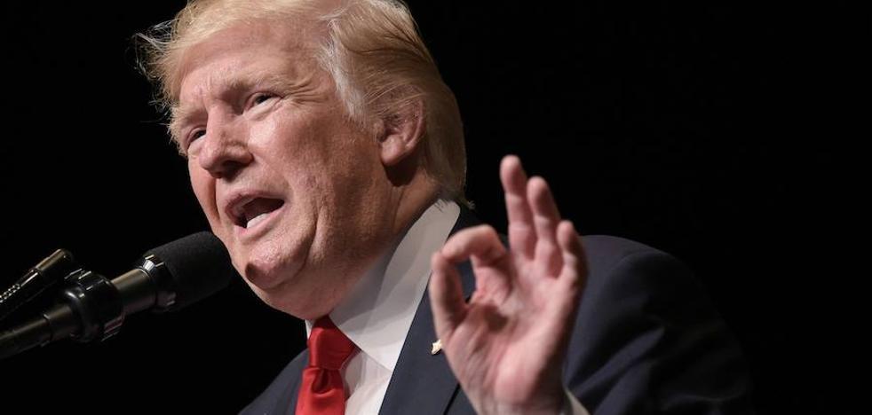 Dimiten seis expertos que asesoraban a Trump sobre el sida