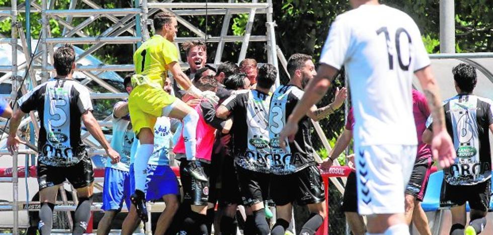 El Lorca Deportiva acaricia el ascenso a Segunda B