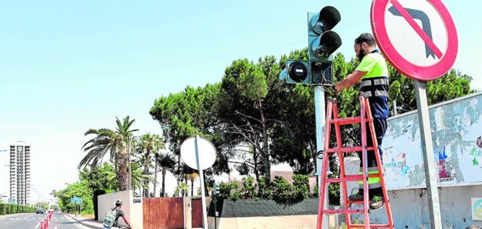 La Oficina de la Bici extrema la seguridad para los ciclistas en 20 intersecciones de las rondas