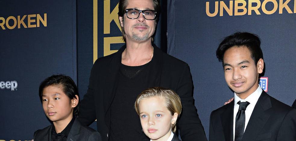 La hija de Brad Pitt y Angelina Jolie empieza el tratamiento para cambiar de sexo