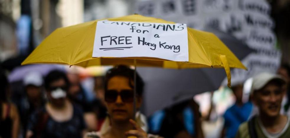 Miles de personas desafían a Pekín con una marcha por la libertad en Hong Kong