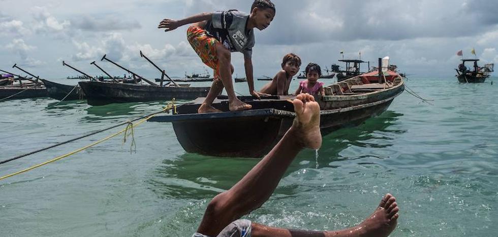 La pesca con dinamita y las drogas amenazan a los gitanos del mar en Birmania
