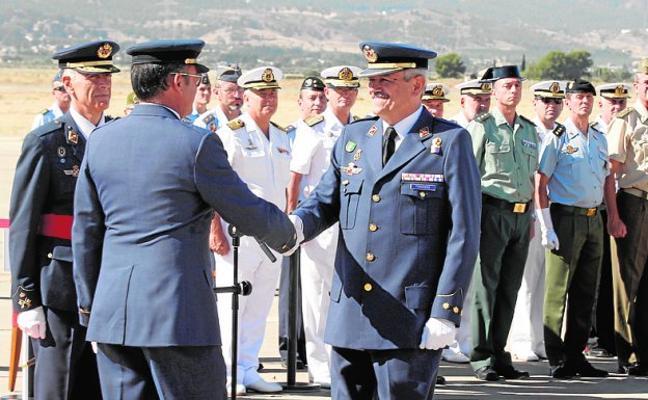 El coronel Fernández 'aterriza' de nuevo