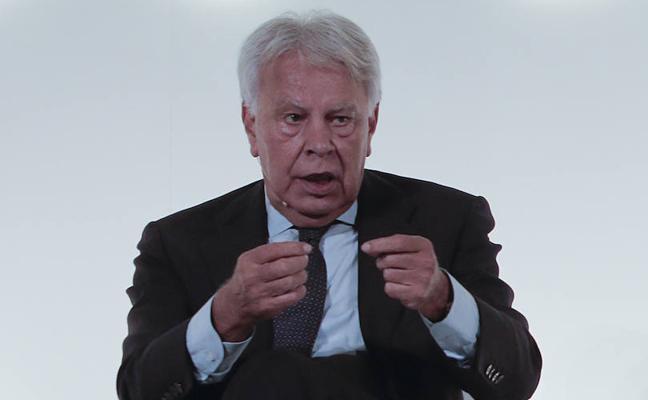 González: «La propuesta de Puigdemont es como la de Maduro»