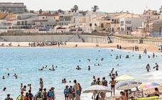 El litoral cartagenero recibe el verano con música, deportes y teatro