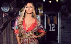 Custo Barcelona viste a Jennifer López en su nuevo videoclip