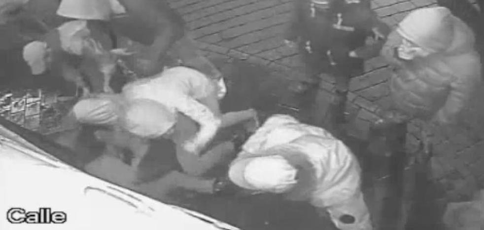 Investigados por la agresión en La Boca del Lobo aseguran que solo se acercaron «para mirar»