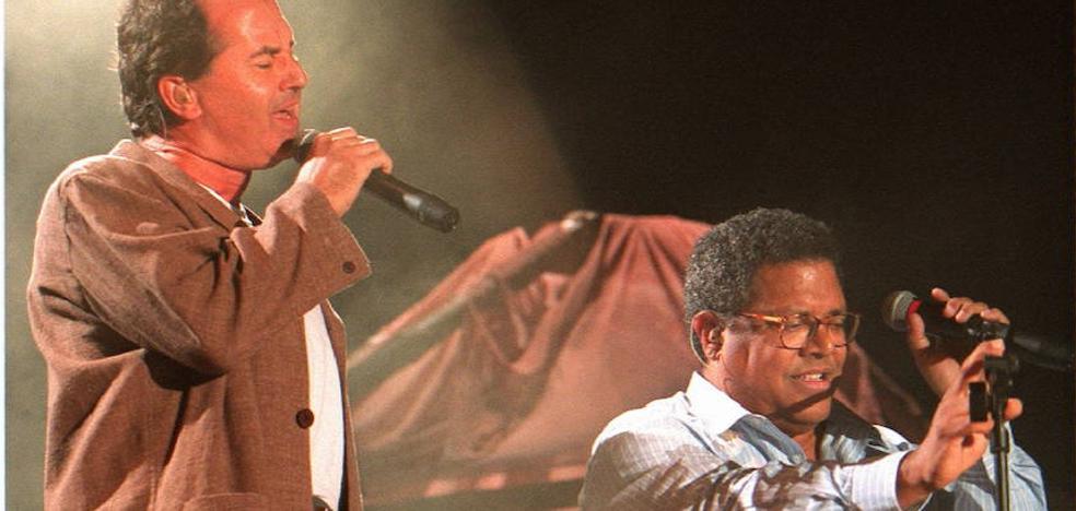 Víctor Manuel se suma al homenaje a su amigo Pablo Milanés en La Mar de Músicas