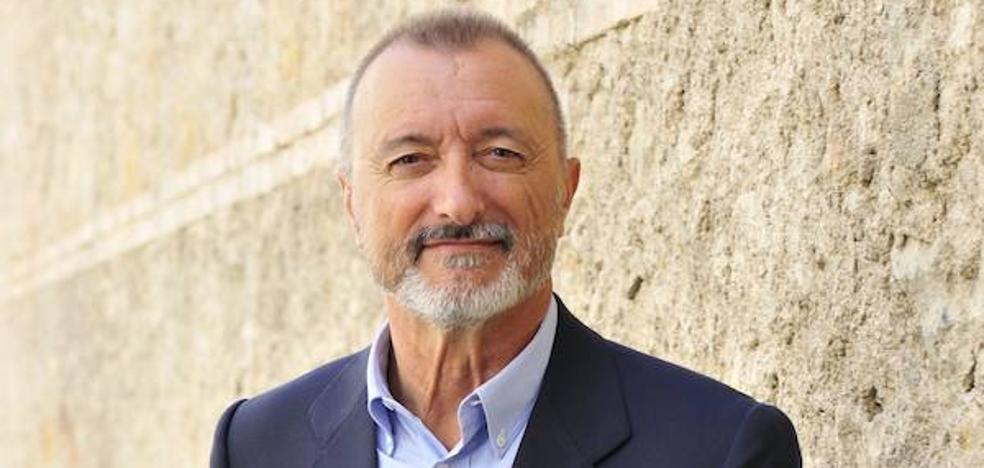 Pérez-Reverte publicará el 17 de octubre 'Eva', una nueva aventura de Lorenzo Falcó