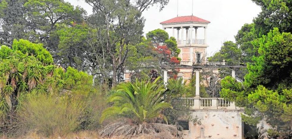 Una asociación lleva al Ministerio el abandono de Villa Calamari