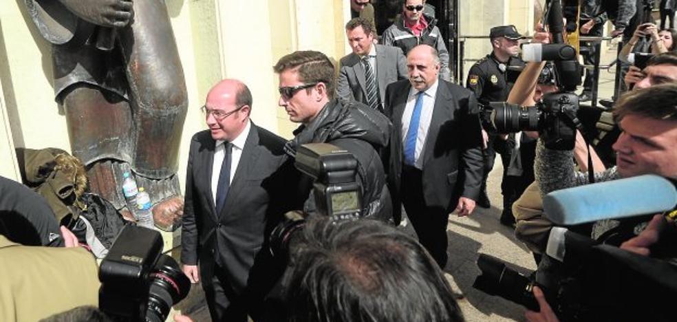 Pedro Antonio Sánchez alega que no fue consciente de actuar «contra derecho» en el Auditorio