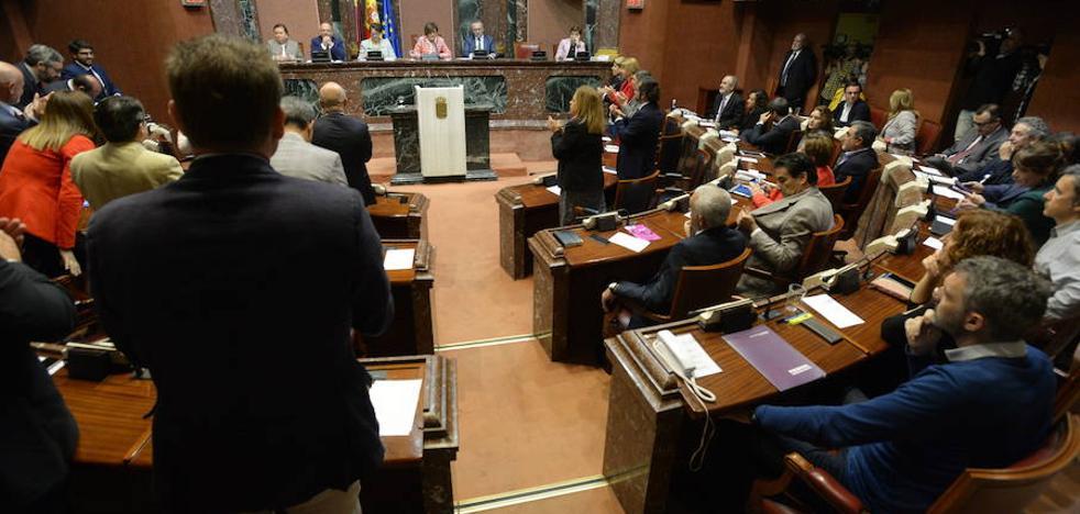 El PSOE pide en la Asamblea la inclusión de los podólogos en los centros de salud