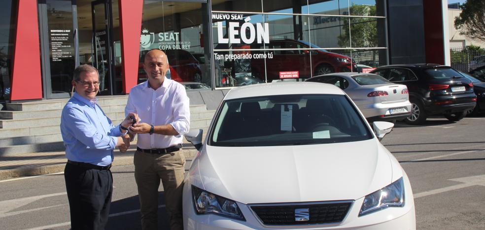 Seat da un giro a la movilidad sostenible con el León TGi