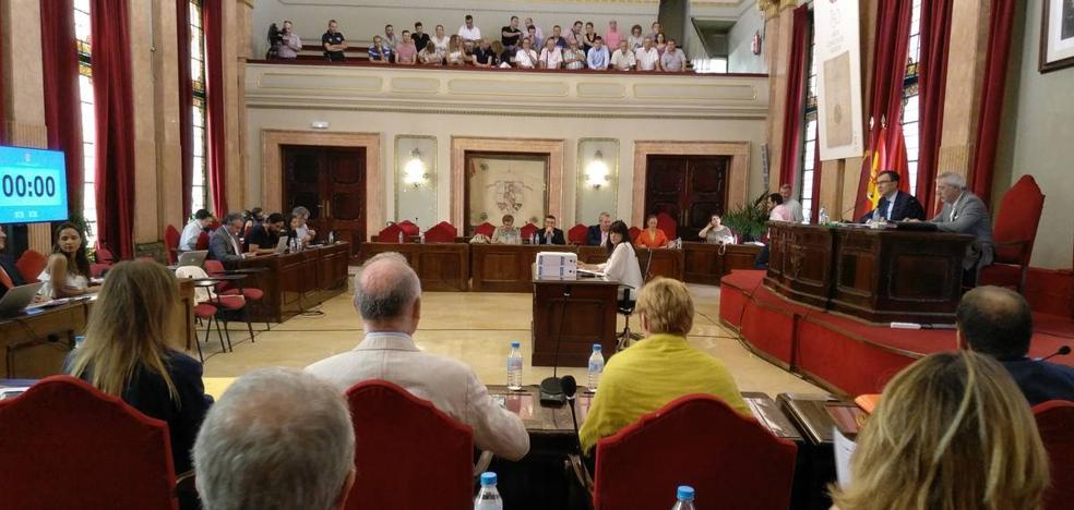Las cuentas del Ayuntamiento de Murcia salen adelante con la abstención del PSOE
