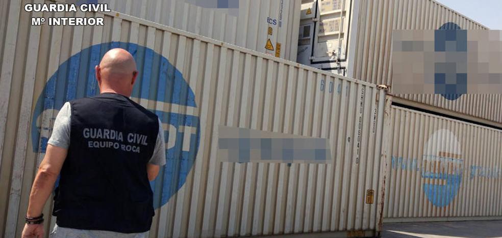 Detenido un empresario de Santomera por estafar 34.000 euros en la exportación de cítricos