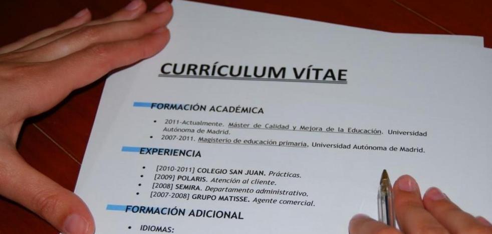 España empieza a implantar el 'currículum ciego'