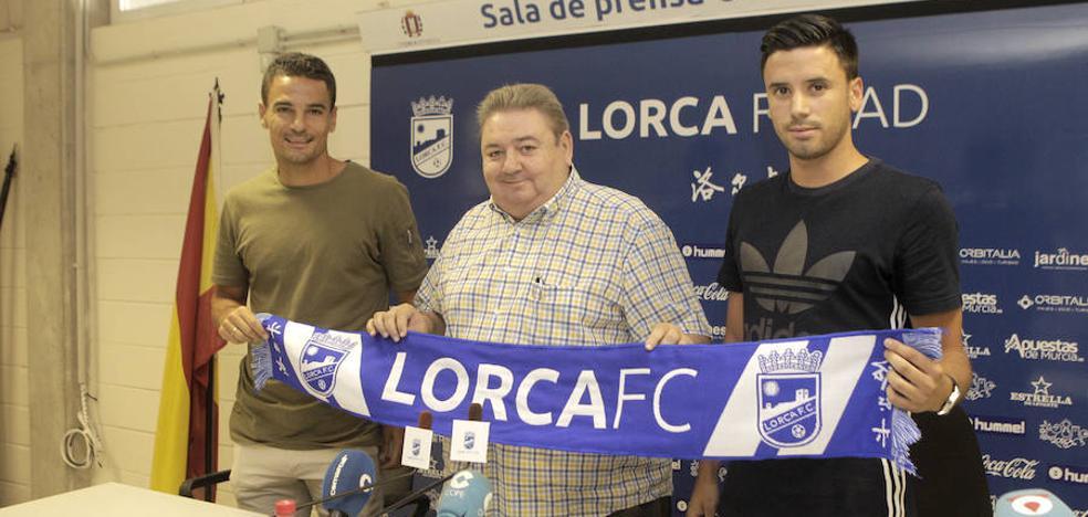 El Lorca FC presenta a Carlos Peña y Javi Muñoz