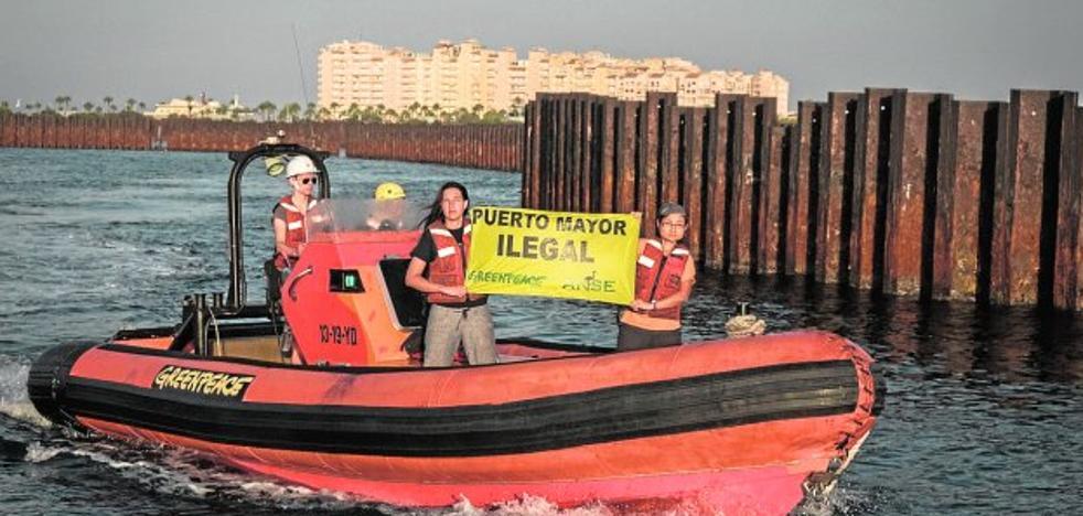 La Consejería empuja a la empresa a conservar las obras de Puerto Mayor