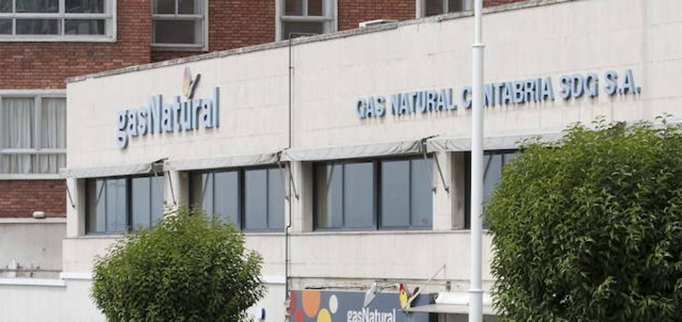 Banco sabadell cierra la venta de su filial de banca for Oficina gas natural sabadell