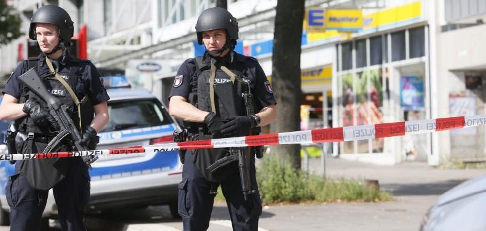 Un muerto y seis heridos en un ataque con cuchillo en Hamburgo
