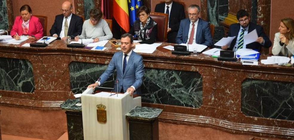 Marcos Ortuño exige a Castilla-La Mancha que paralice el cebadero cerca del Monte Arabí