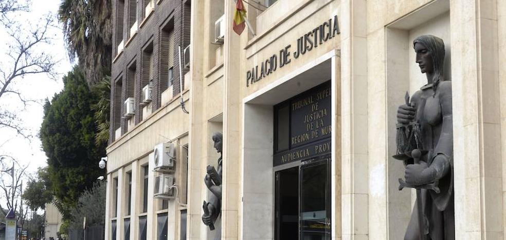 Procesada una presunta 'madame' que ingresaba 200.000 euros al año