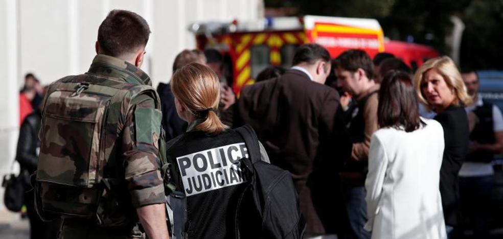 Detenido un sospechoso por el atropello a militares cerca de París