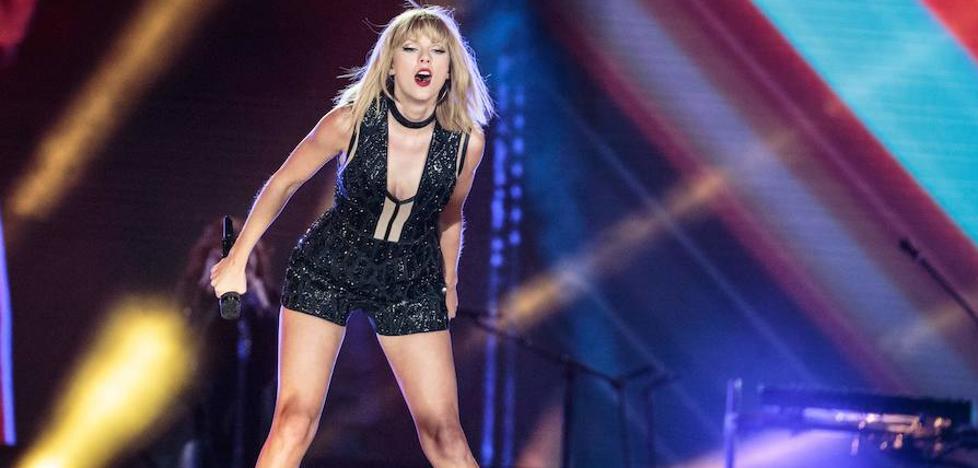 «Nos destrozó», afirma la madre de Taylor Swift en el juicio por agresión sexual