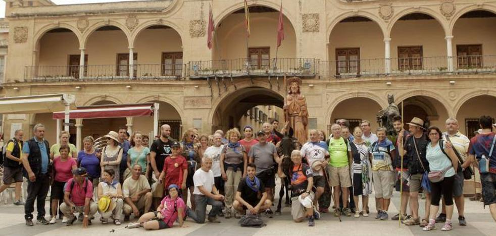 Salmantinos y almerienses de camino a Caravaca