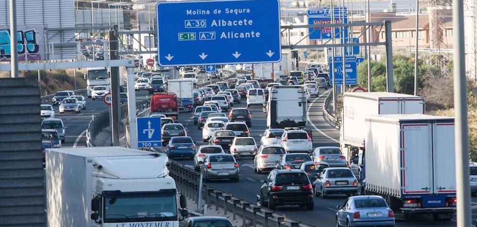 Tráfico prevé 800.000 desplazamientos por carreteras de la Región durante el puente
