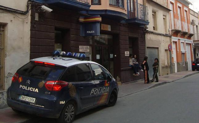 Detenido por el robo de baterías de camiones en las inmediaciones de Alcantarilla