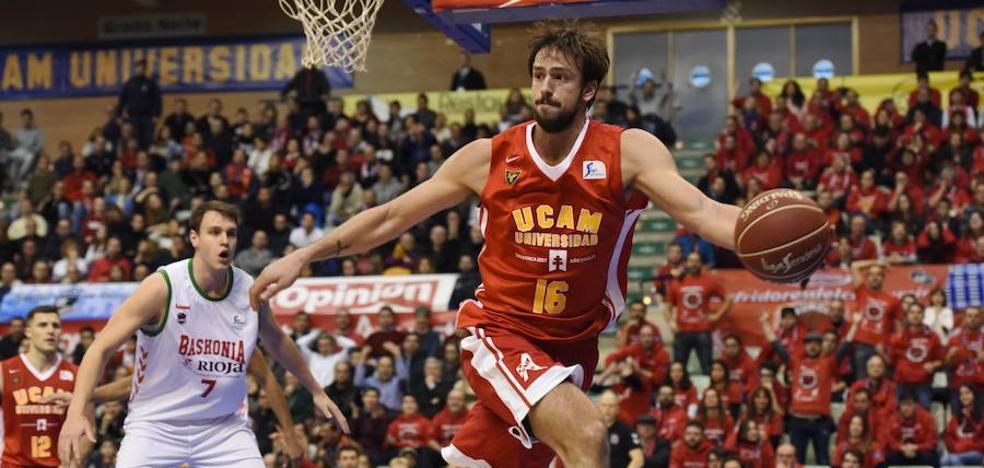 Delía: «Estoy feliz por mi presente en la selección y en el UCAM Murcia»