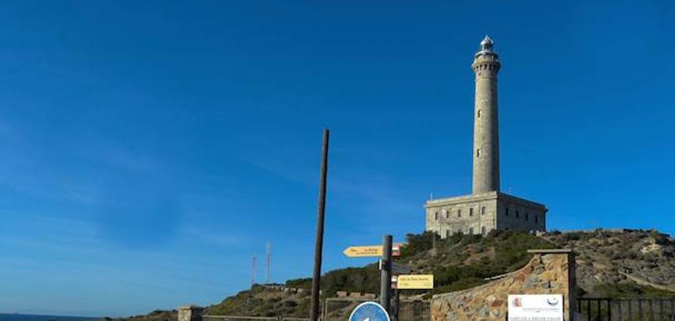 PSOE y Podemos presentan una proposición contra la privatización del faro de Cabo de Palos