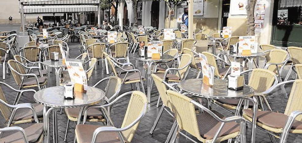 Ultimátum a los hosteleros murcianos para que quiten las terrazas durante las vacaciones