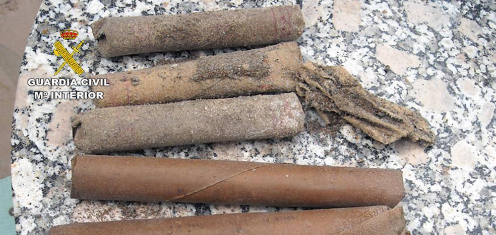 Desactivan cinco cartuchos explosivos hallados en una vivienda de Lorca