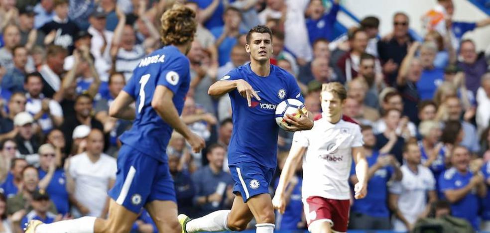Morata se estrena en la Premier con gol, asistencia y derrota