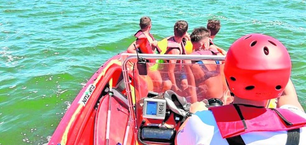 Rescatan a 4 menores de la Isla del Barón
