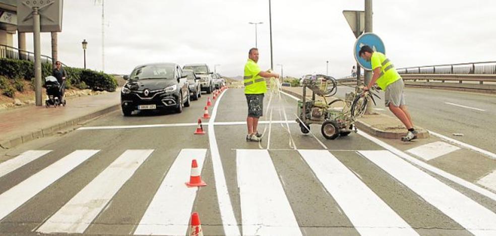 Comienza la 'Operación Blanco' para repintar pasos de peatones y marcas viales