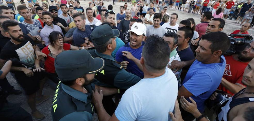 Arrestan a 14 vecinos de Fortuna por los altercados con varias familias de okupas