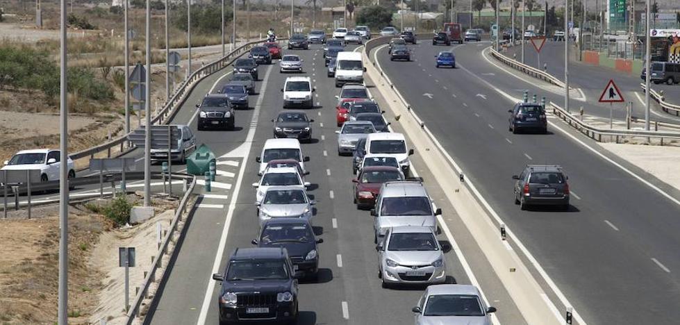 Las autovías de La Manga y la del Mar Menor, las que más tráfico soportaron en 2016 de la red regional