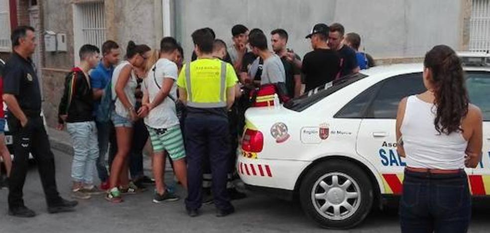 Detenido por apuñalar al compañero de su exnovia en La Raya