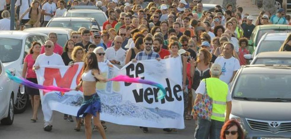 Vecinos de Cabo de Palos pedirán en una protesta que el uso del faro sea público