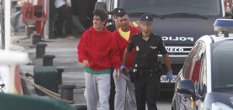 Llegan otras dos pateras, con 25 inmigrantes, a Cartagena y Portmán