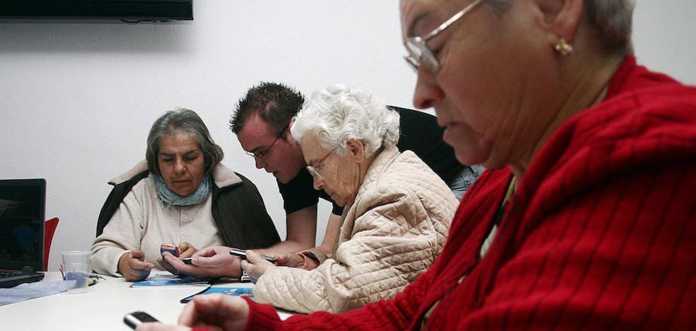 Clases de 'Whatsapp' para mayores